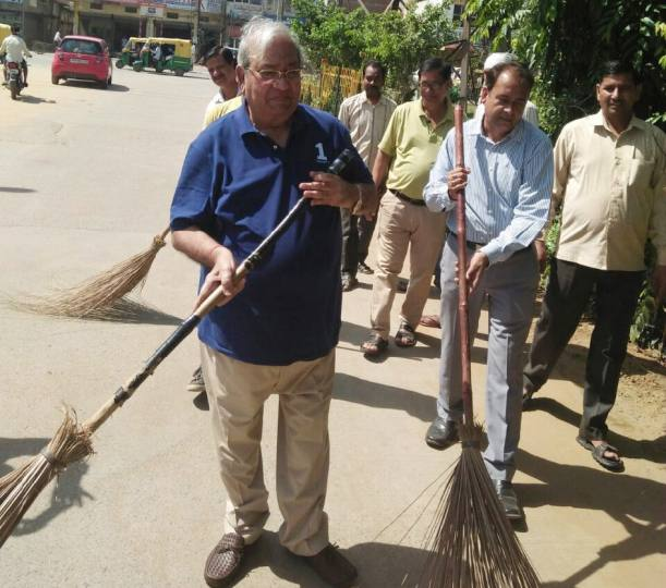 K.C. Lakhani Organised Cleanliness Drive in Industrial Area, Faridabad